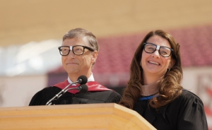 stanford-graduation_2014_700px_v2